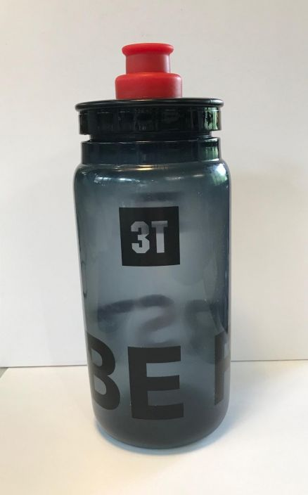 3T Be First Waterbottle Practical and useful new drinking bottle with 550 ml (18 fluid oz) capacity, with a unique racing